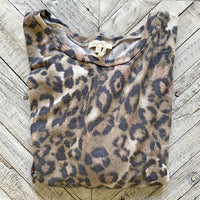 Mystree Cozy Leopard Top