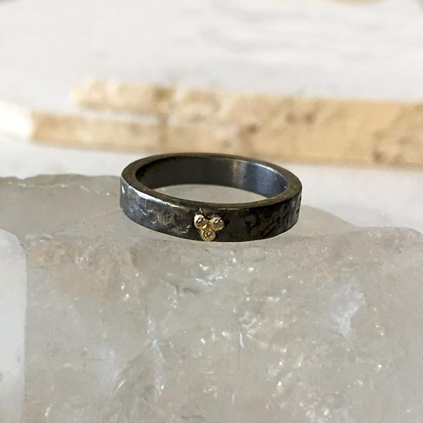 Oxidized Diamond Trio Ring Ring Robindira Unsworth