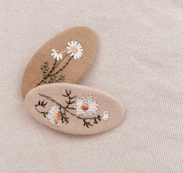 Mae and Rae Embroidery Clip Set
