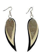Load image into Gallery viewer, Kundwa Crescent Earrings