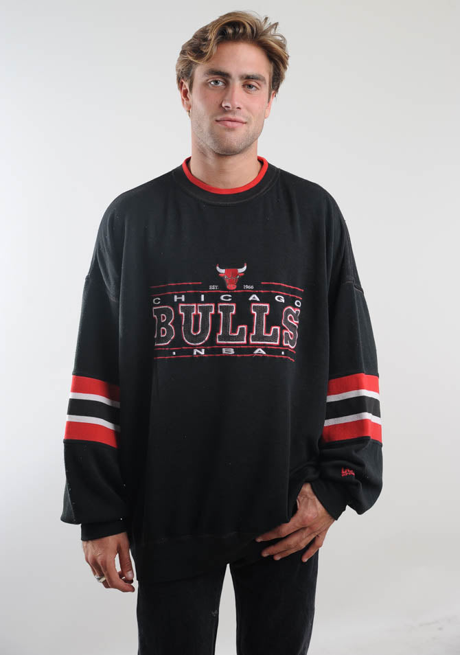 Black Chicago Bulls Sweatshirt