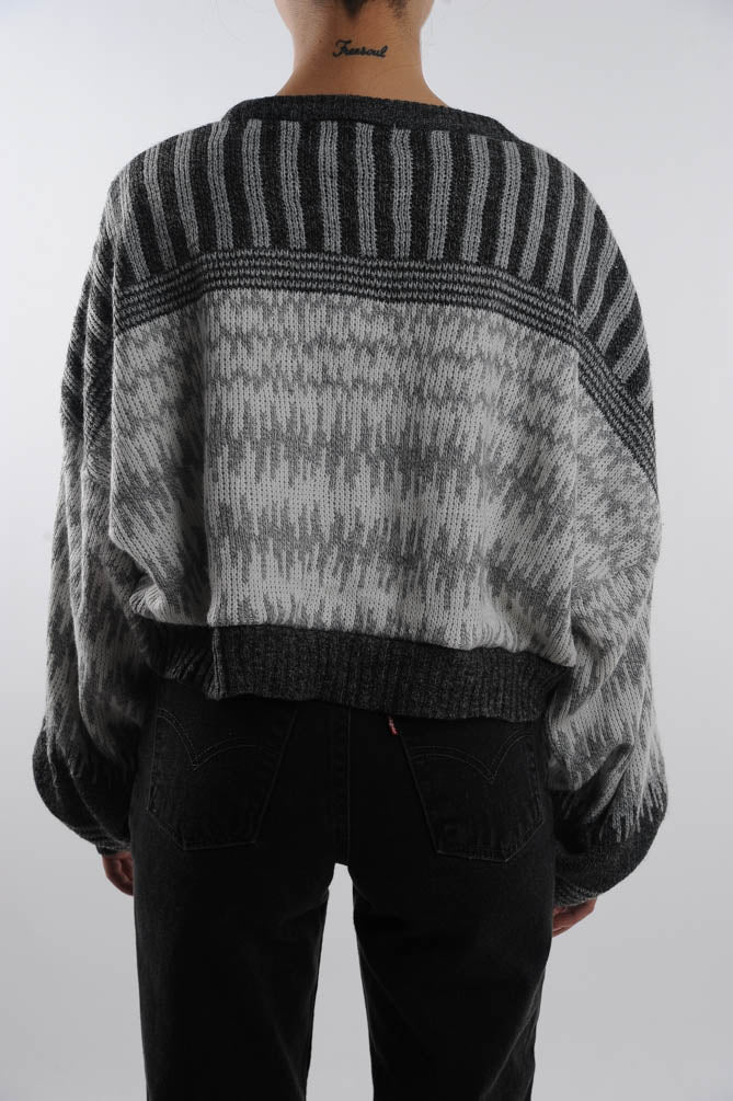 Cropped White and Gray Sweater
