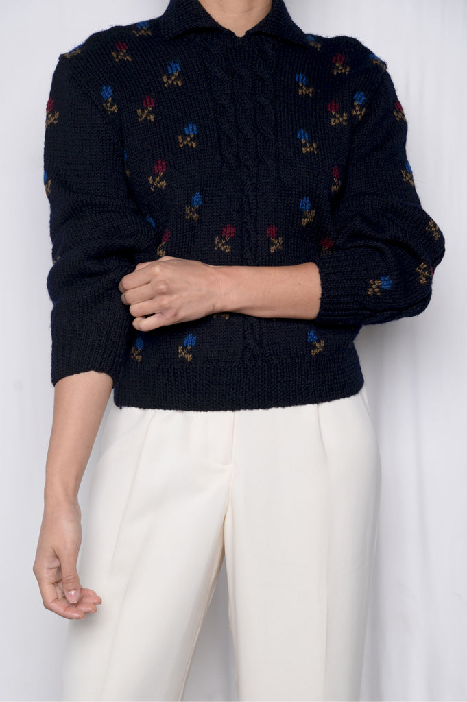 Wool Floral Collared Short Sweater