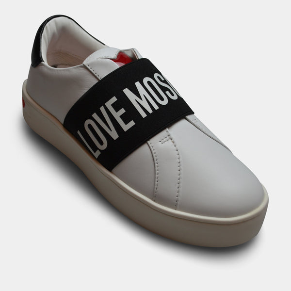 LOVE MOSCHINO SNEAKER IN WHITE WITH BLACK DETAIL