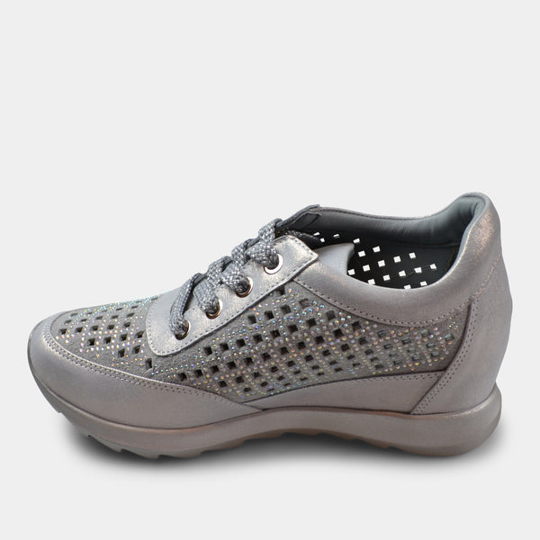BONAVI WEDGE LACE UP SNEAKER IN SILVER
