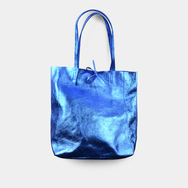 JIJOU CAPRI METALLIC MAXI LEATHER TOTE IN BLUE