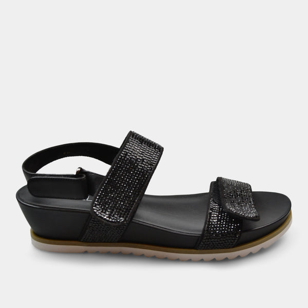 VANELi HUBE SANDAL IN BLACK