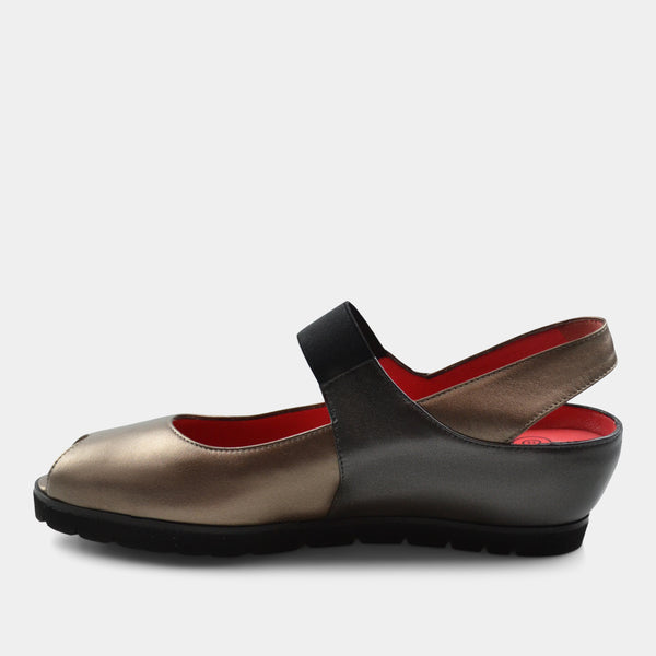 PAS DE ROUGE SILVIA SLING BACK WEDGE IN METALLIC