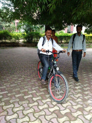 OMO electric bicycle image with customer