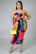 Load image into Gallery viewer, Stand Out Dress (standard & plus size)