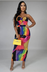 Stand Out Dress (standard & plus size)