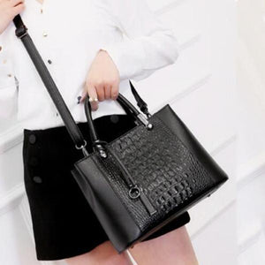 Best Selling Middle-aged Lady Handbag Simple Crossbody Bag