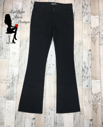 Black Twill Jeans - Red Apple Vixen Boutique