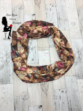 Load image into Gallery viewer, Flower Print Infinity Scarves - Sassy Chick Clothing