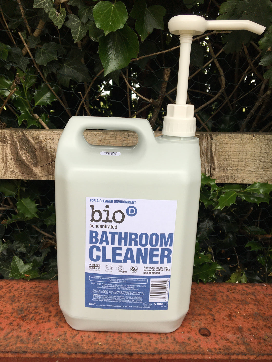 Bio D Bathroom Cleaner Refill only