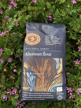 Load image into Gallery viewer, Doves Farm Organic Khorasan Flour 1kg