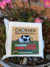 Load image into Gallery viewer, Calon Wen Organic Extra Mature Cheddar 200g