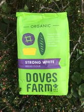 Load image into Gallery viewer, Doves Farm Organic Strong White Bread Flour 1.5kg