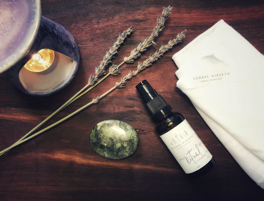 TURN YOUR SKINCARE ROUTINE INTO A MINDFUL RITUAL