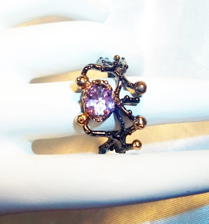 Soraya Esfandiary Bakhtiary, Princess of Persia – Stunning Pink Quartz Black Gold Ring Size 8