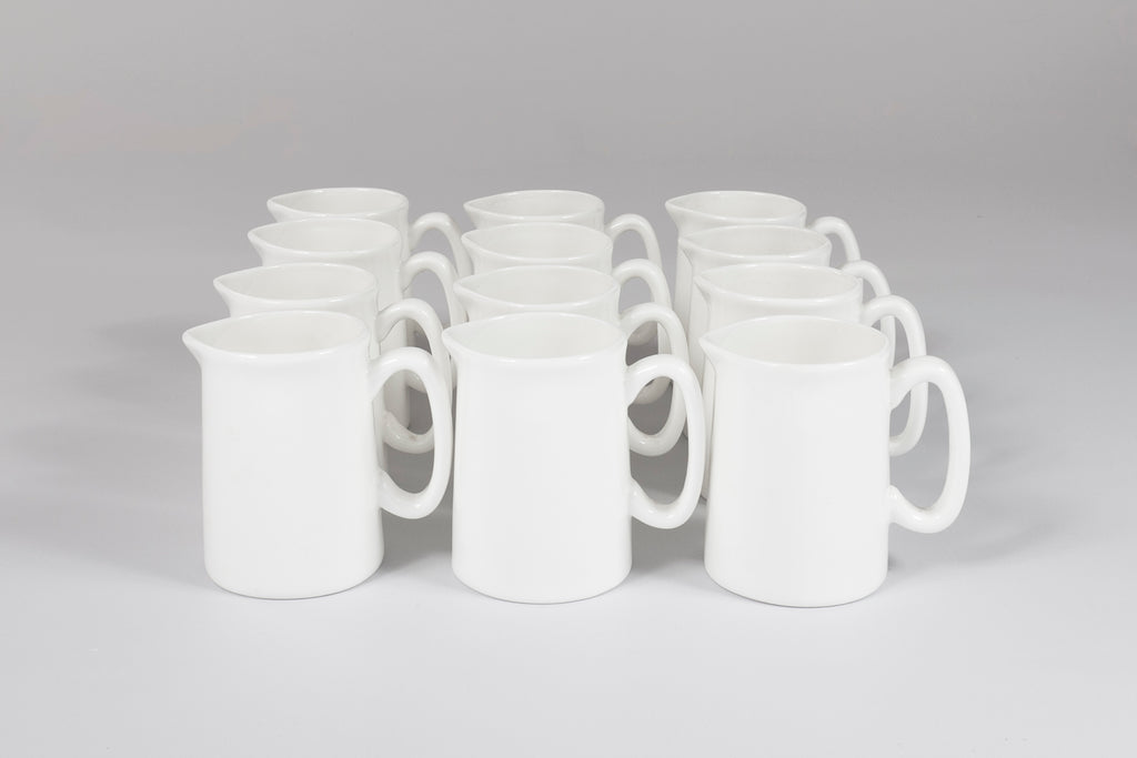 Avery 1/4 Pint Jug