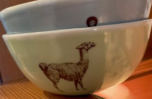 Porcelain animal image bowl