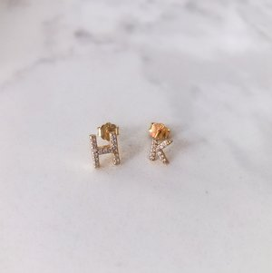 INITIAL STUDS (SMALL + MICRO)