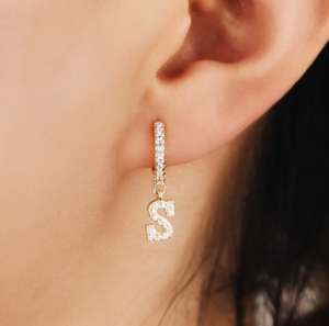 DELUXE SIGNATURE EARRING