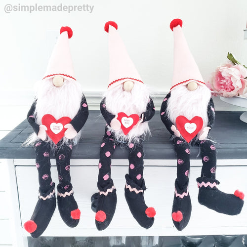 Valentine's Gnomes - Gnomes with arms and legs, handmade gnomes