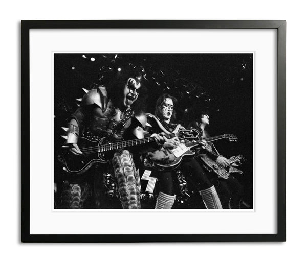 Kiss on Stage, Limited Edition Print