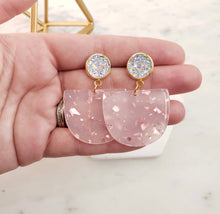 Load image into Gallery viewer, Light Rose Gold Lola Earrings l A&B's Boutique