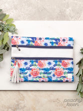 Load image into Gallery viewer, All Around Town Double Zipper Versi Bag