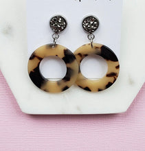Load image into Gallery viewer, Circle Tortoise Dangles l A&B's Boutique