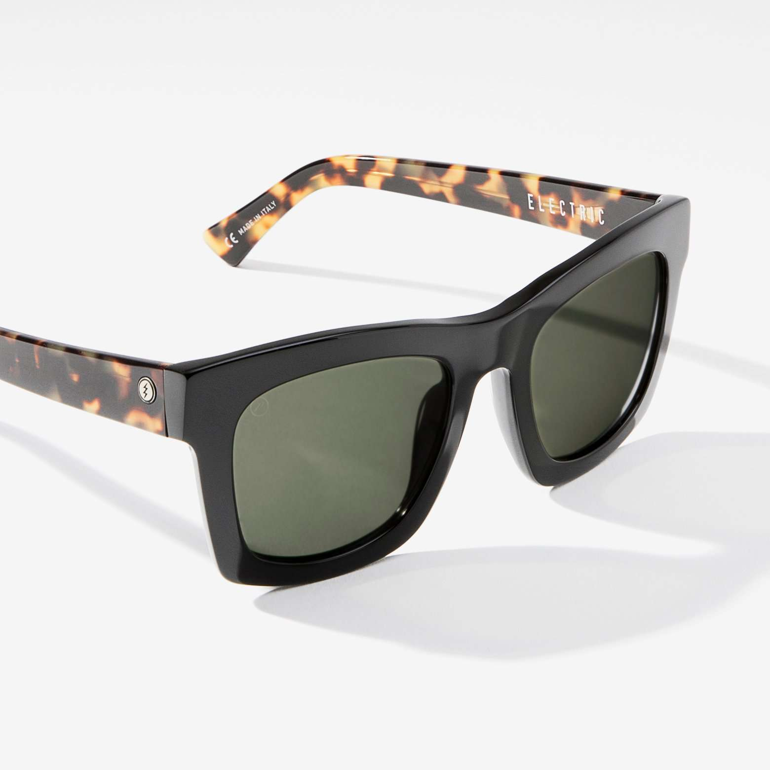 Electric Crasher Men and Women's Sunglass  - Obsidian Tort / Medium - 49mm / Grey Polarized