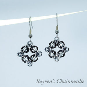 Rayven's Chainmaille| Black Ice & Silver Celtic Labyrinth Chainmaille Earrings
