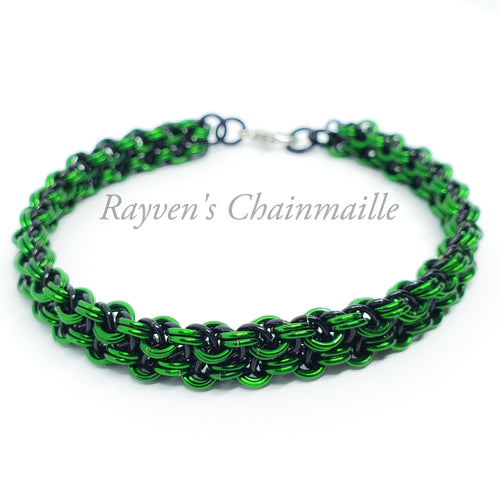 Black and Green Vipera Berus Chainmaille Bracelet - Rayven's Chainmaille