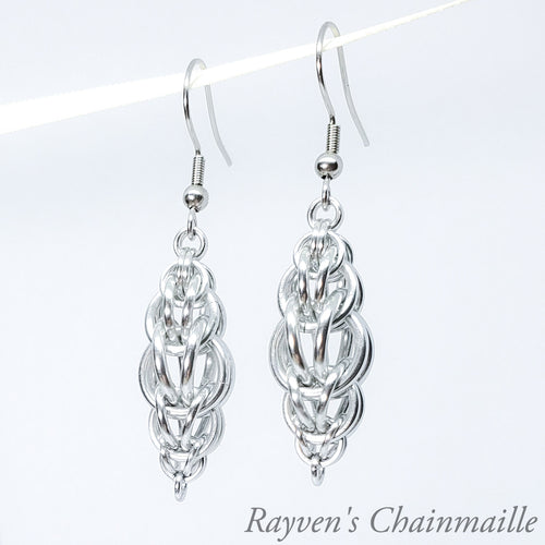 Silver Rounded Foxtail Chainmail Earrings - Rayven's Chainmaille