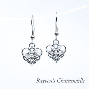 Large Silver Persian Chainmail Heart Earrings - Rayven's Chainmaille