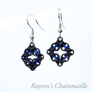 Rayven's Chainmaille| Blue & Black Celtic Labyrinth Chainmaille Earrings