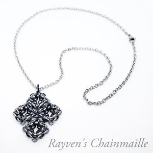 Rayven's Chainmaille| Celtic Labyrinth Chainmail Necklace
