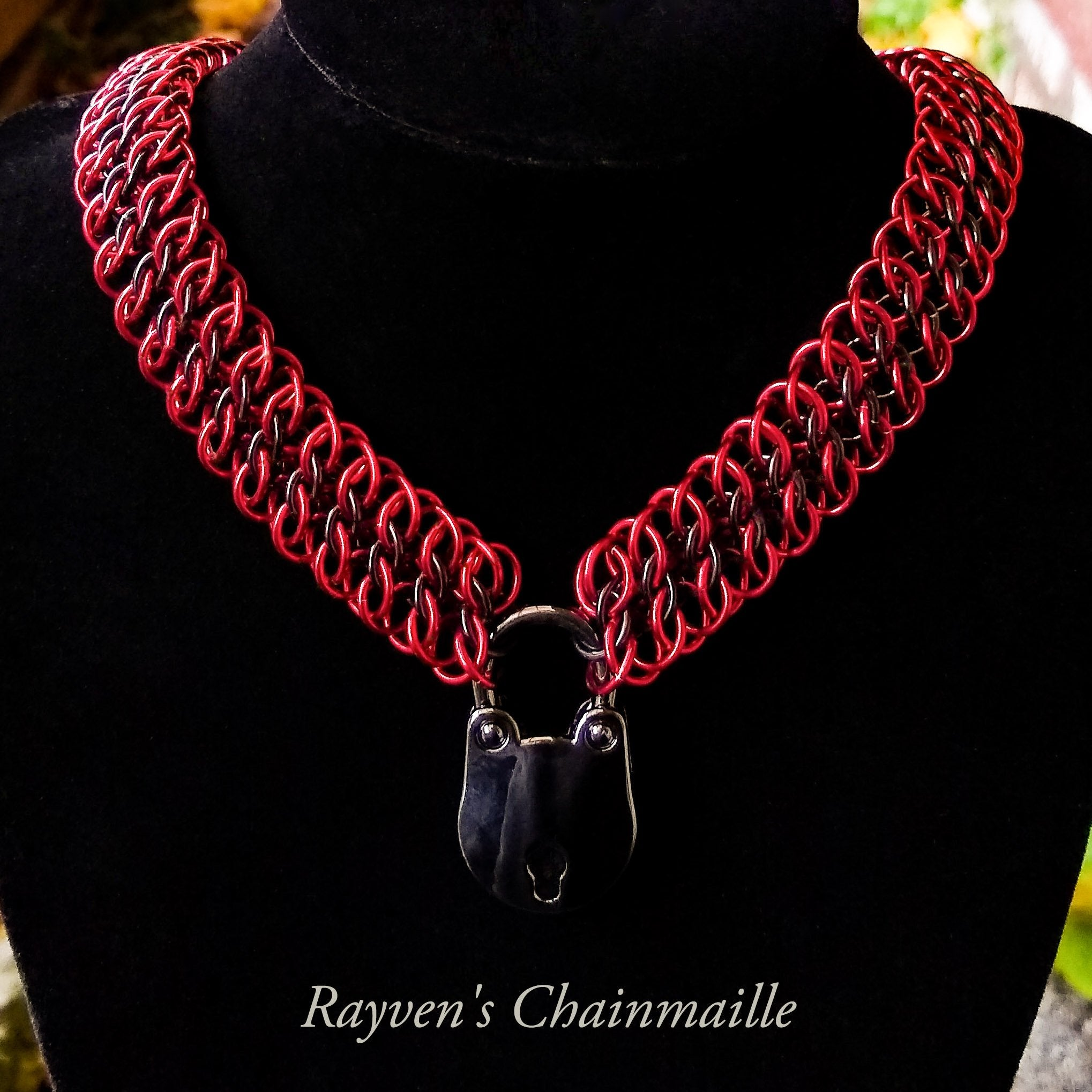 Red & Black Padlock GSG Chainmaille Collar - Rayven's Chainmaille