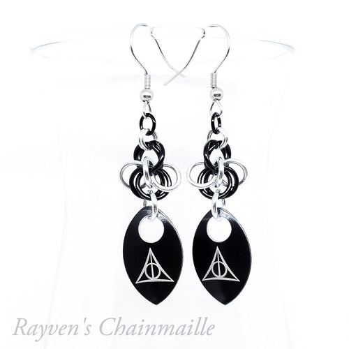 Deathly Hallows Scalemaille Chainmail Earrings - Rayven's Chainmaille