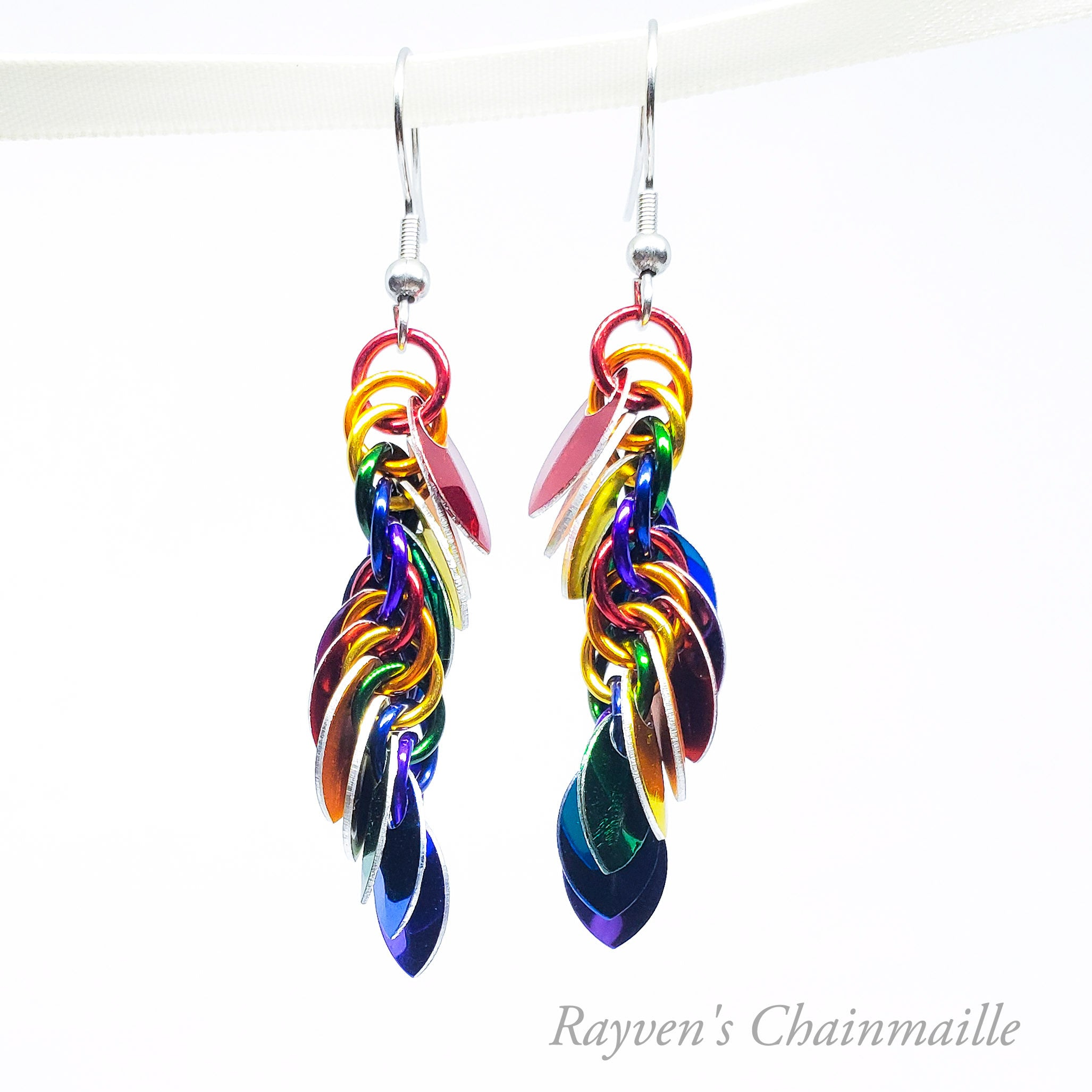 Rainbow Punk Scale Chainmail Earrings - Rayven's Chainmaille