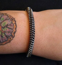 Load image into Gallery viewer, Black & Silver Chainmaille Box Weave Bracelet - Rayven's Chainmaille