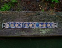 Load image into Gallery viewer, Doctor Who Tardis Micromaille Inlay Bracelet - Rayven's Chainmaille