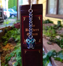 Load image into Gallery viewer, Blue & Silver Owl Chainmaille Bookmark - Rayven's Chainmaille