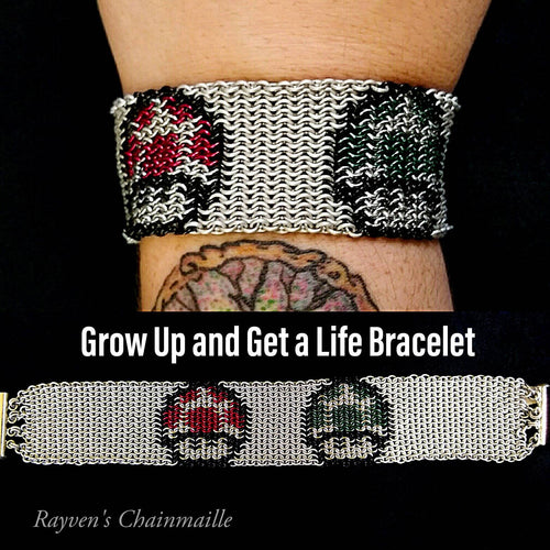 Grow Up & Get a Life Mario Micromaille Inlay Bracelet - Rayven's Chainmaille