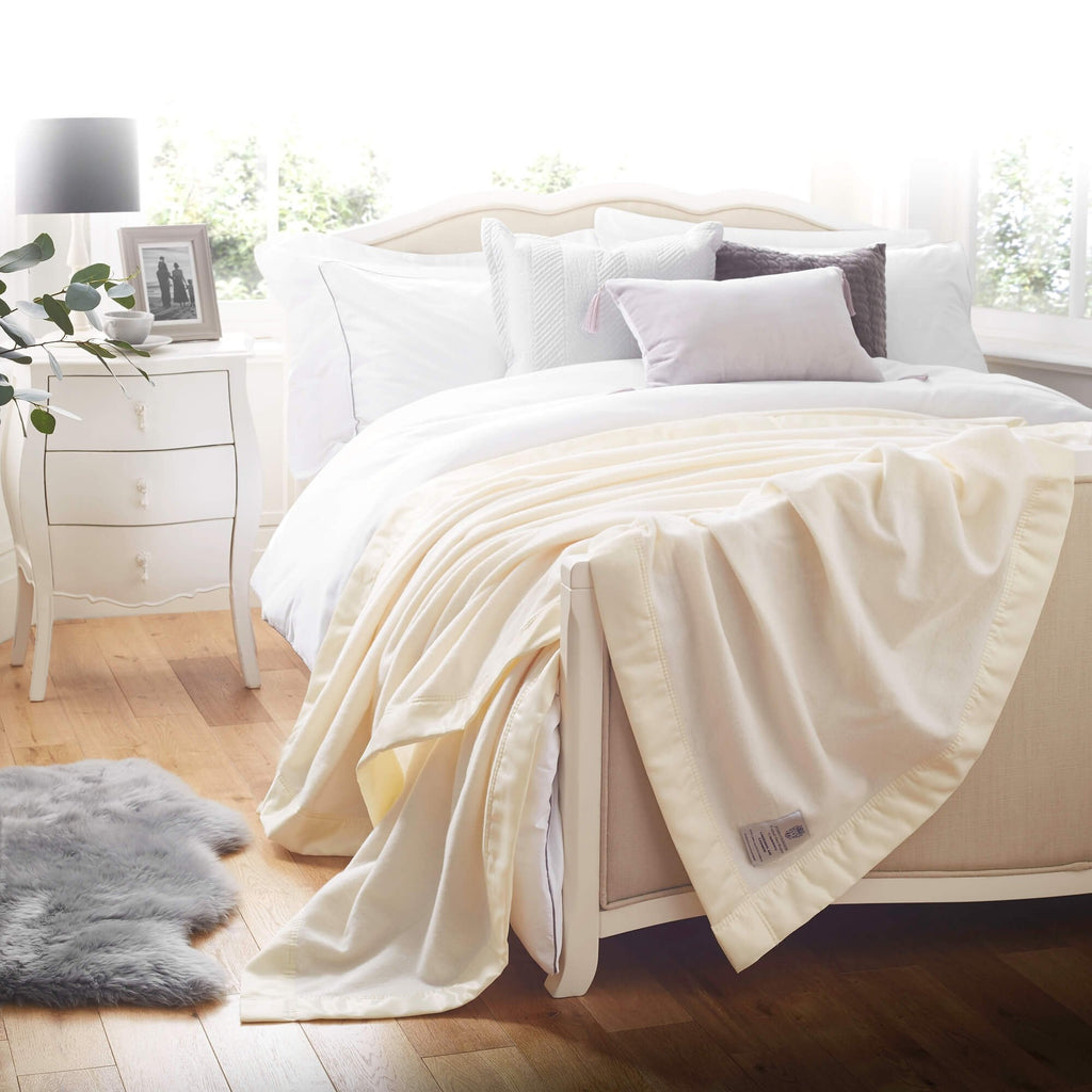 Atkinson Cashmere Blend Blanket LUXURY BEDDING The Wool Company