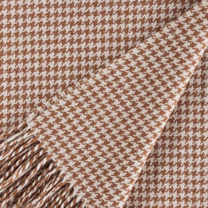 Dogtooth Lambswool Throw in Camel LIVING The Wool Company