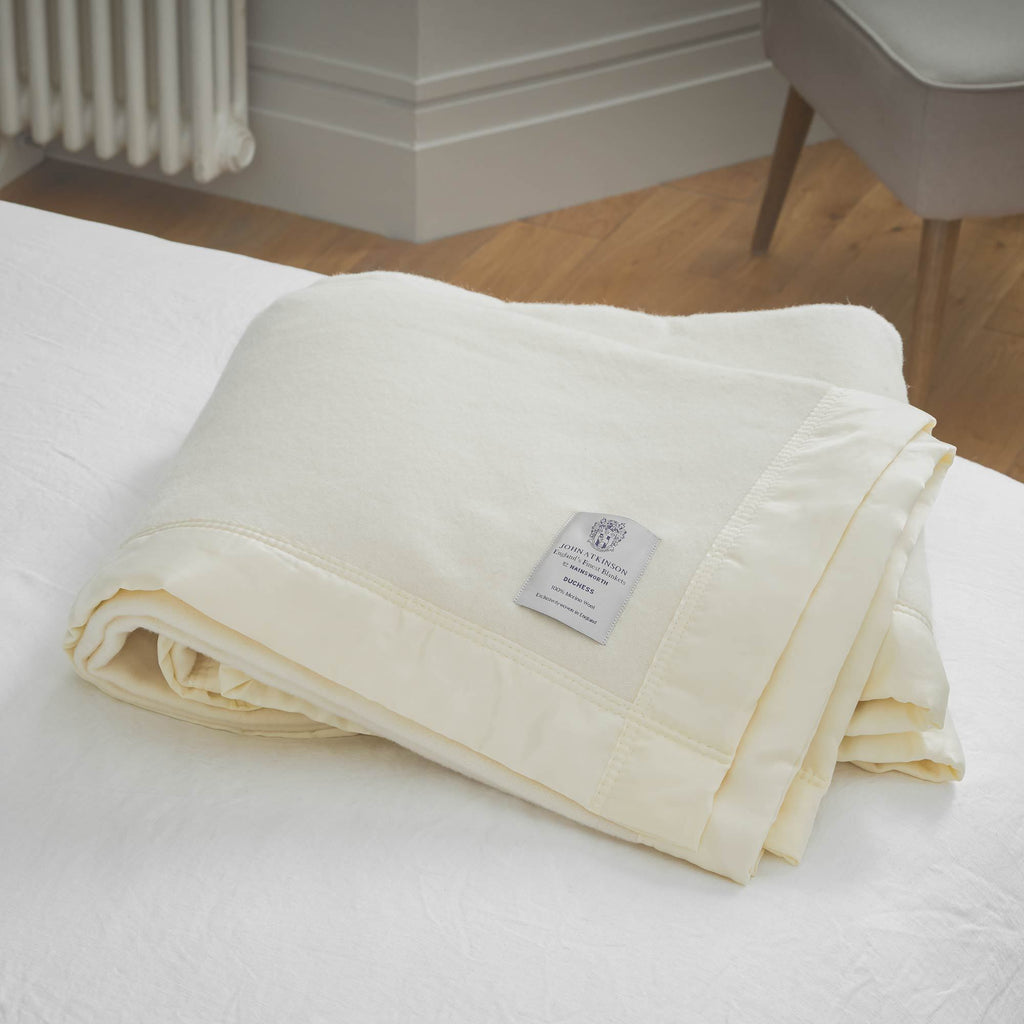 Duchess Merino Blanket White 230 x 230 cm Double LUXURY BEDDING The Wool Company